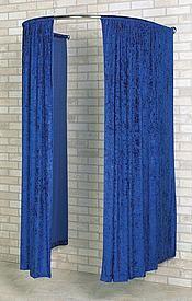 Umkleidekabinen und Spiegel- Zubehör zur Anprobe